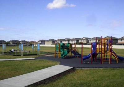 outdoor-fitness-park-and-playground-photo
