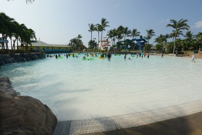 wet-n-wild-resurfaced-wave-pool-photo