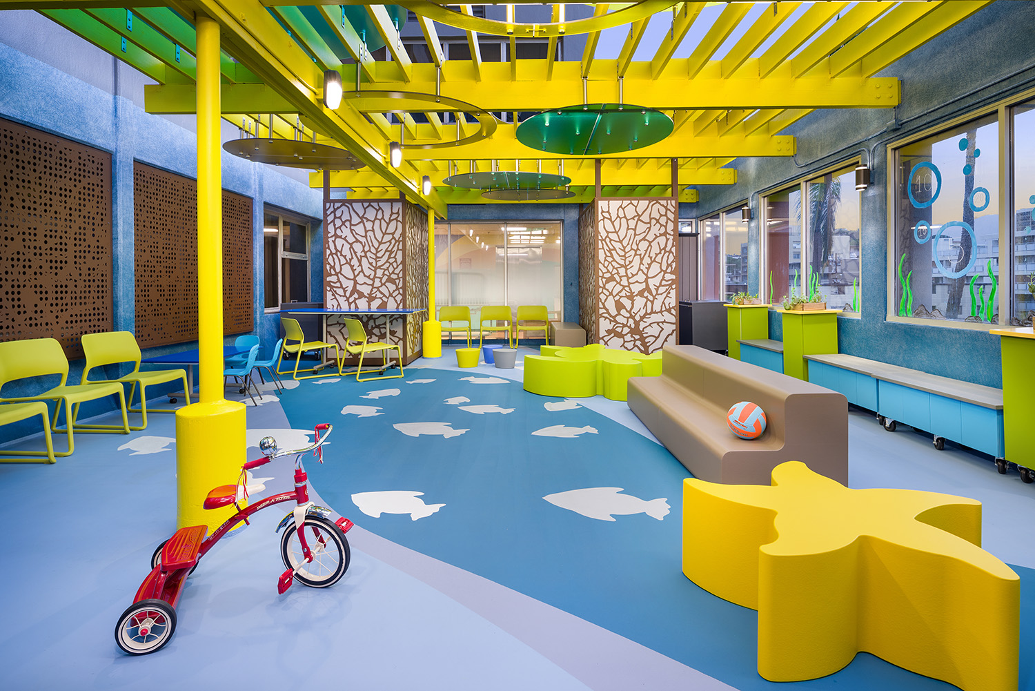 photo of new playroom at Kapiolani medical center for women and children
